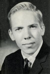 Vernon KNott
